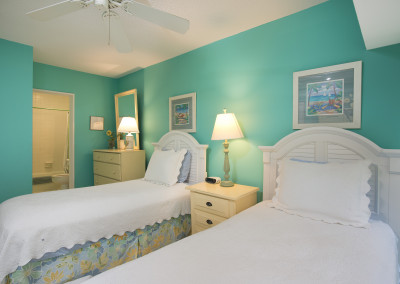 Two twin beds in guest room #2